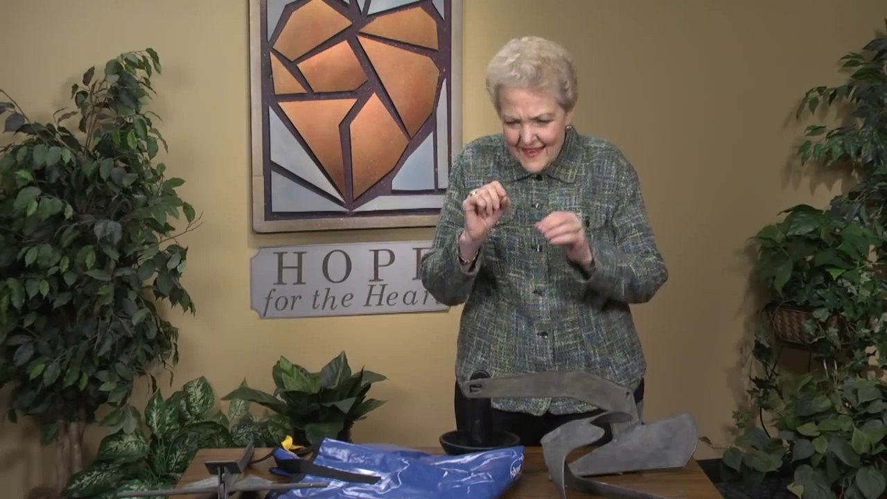 June Hunt Teaches on the toipic of Hope