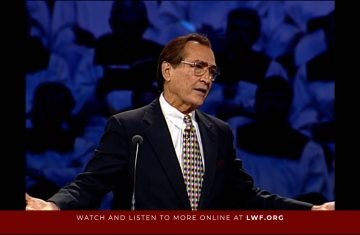 Crossing God's Headline by Adrian Rogers