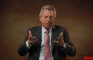 Lifting Others Up A Minute With John Maxwell, Free Coaching Video